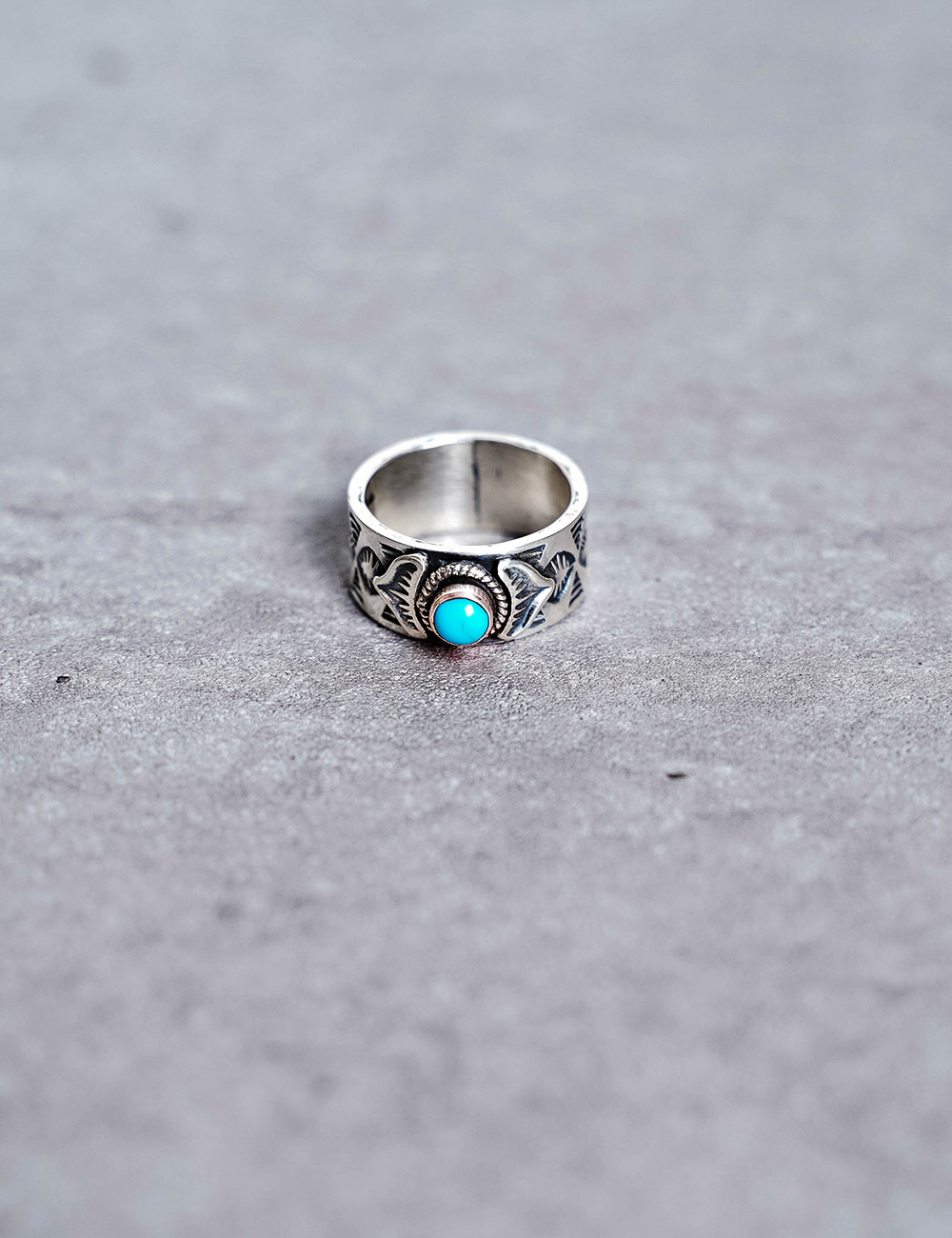 NATIVE AMERICAN JEWELRY : BO REEVES - STAMPED STERLING SILVER w/TURQUOISE RING