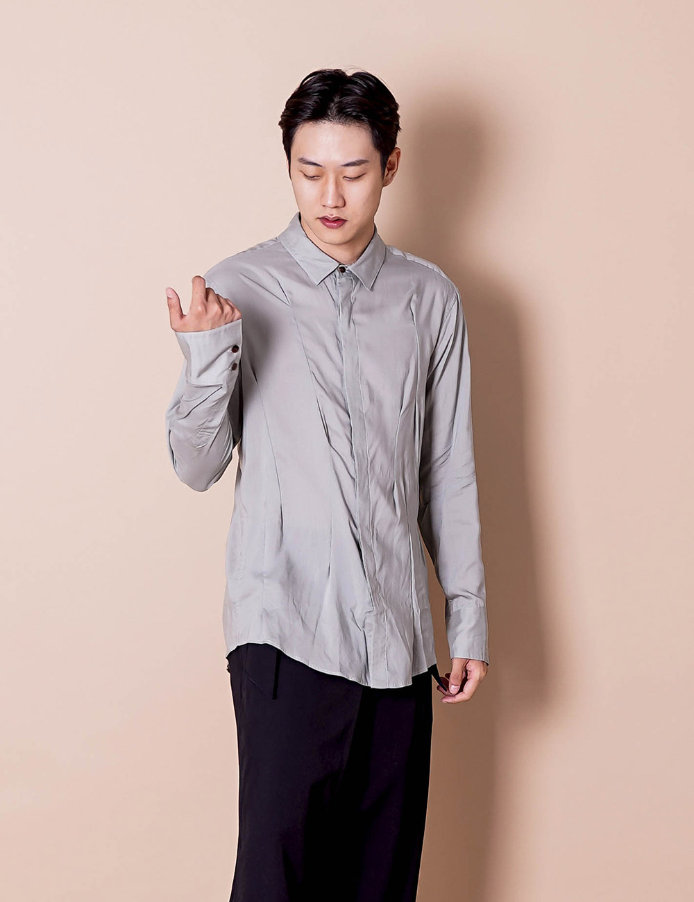 sulvam : WING CRAZY DARTS SHIRT (GRAY)